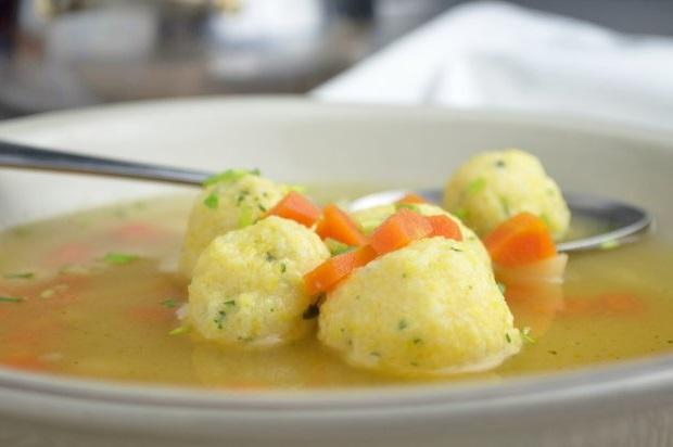 Grießknöderlnockerl Aus Maisgrieß Für Suppe Pikant Und Süß